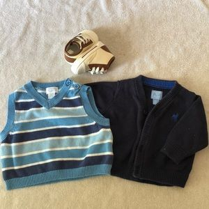 Never used baby boy vests and shoes
